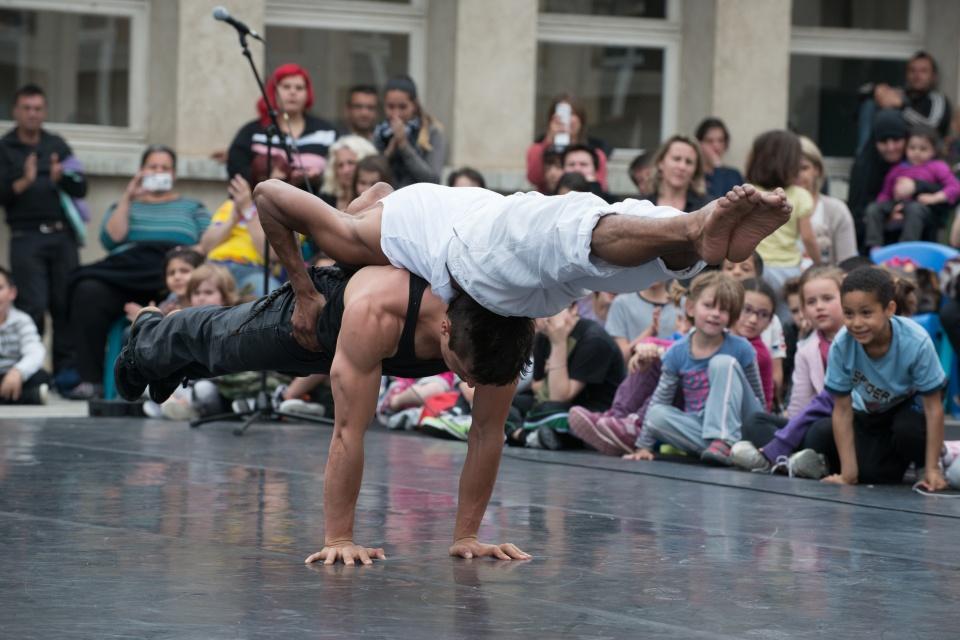 Faîtes du Cirque dans les écoles - ©jootprod